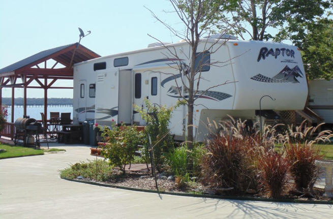 Lake Fork RV park over sized lots